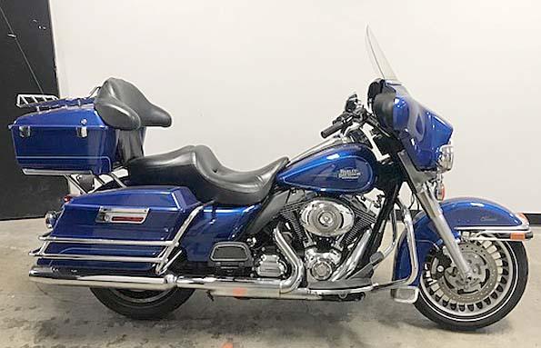 Used  2009 Harley-davidson FLHTC-ELECTRA GLIDE Street Bike in Baton Rouge,, Louisiana