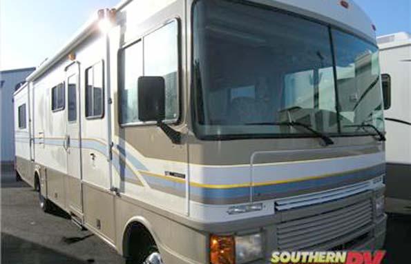 Used  1999 34' Fleetwood Class A in Lafayette,, Louisiana